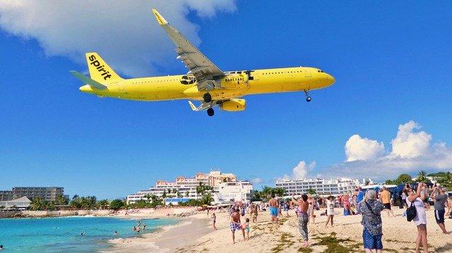 Airports in Saint Martin/Sint Maarten
